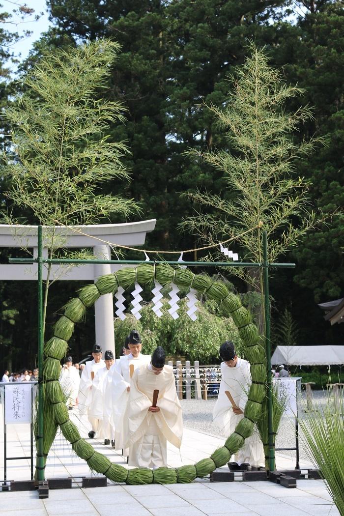 祓い清めの慣わしで暑い夏を乗り越えましょう!!!◆夏越大祓式のご案内◆